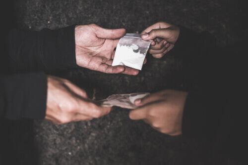 street cost of heroin: price of black tar heroin - kilo & 1 gram